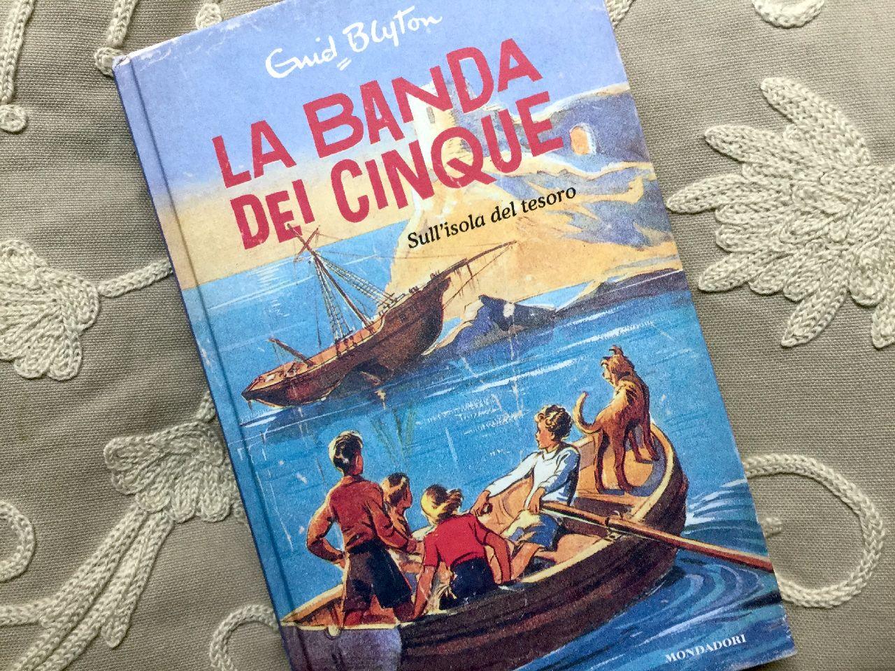 Enid Blyton, La banda dei cinque. Sull'isola del tesoro, Mondadori